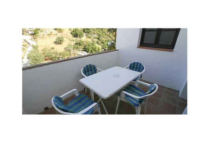 11. 18HC071 - terrace 2