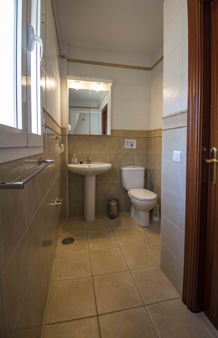 15. 18HC073 - Bathroom 2.1 (Copiar)