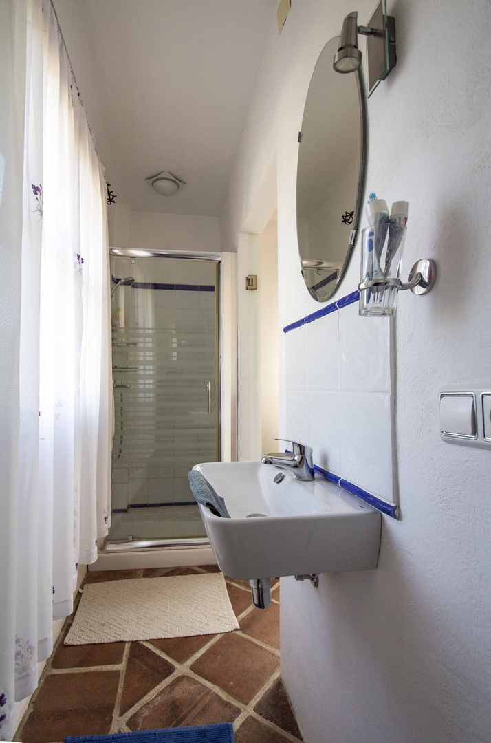 12. 19HC051 - Bathroom 1.1 (Copiar)