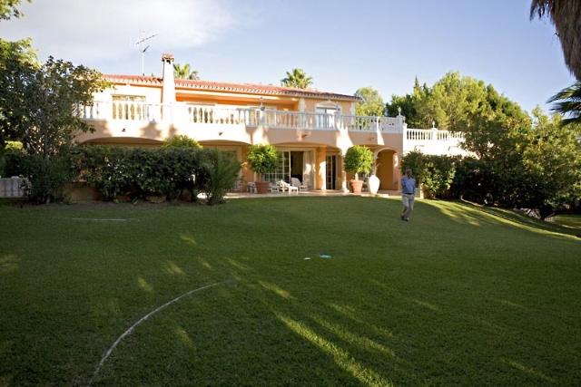 villa-for-rent-nagueles-20