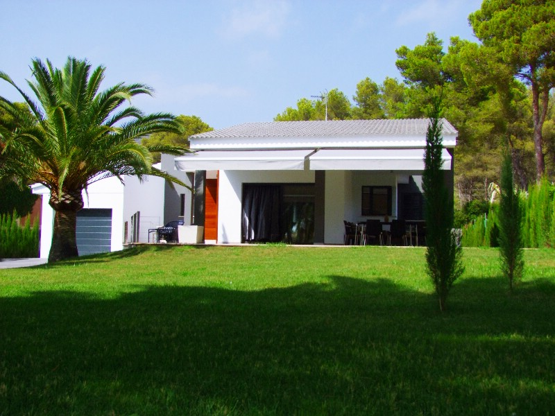 More on our Houses for Sale in Costa de los Pinos, North East Mallorca, Mallorca, Spain