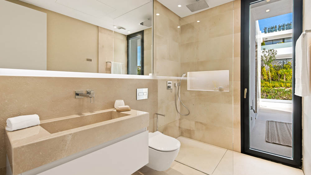 Marbella koupelna hoste