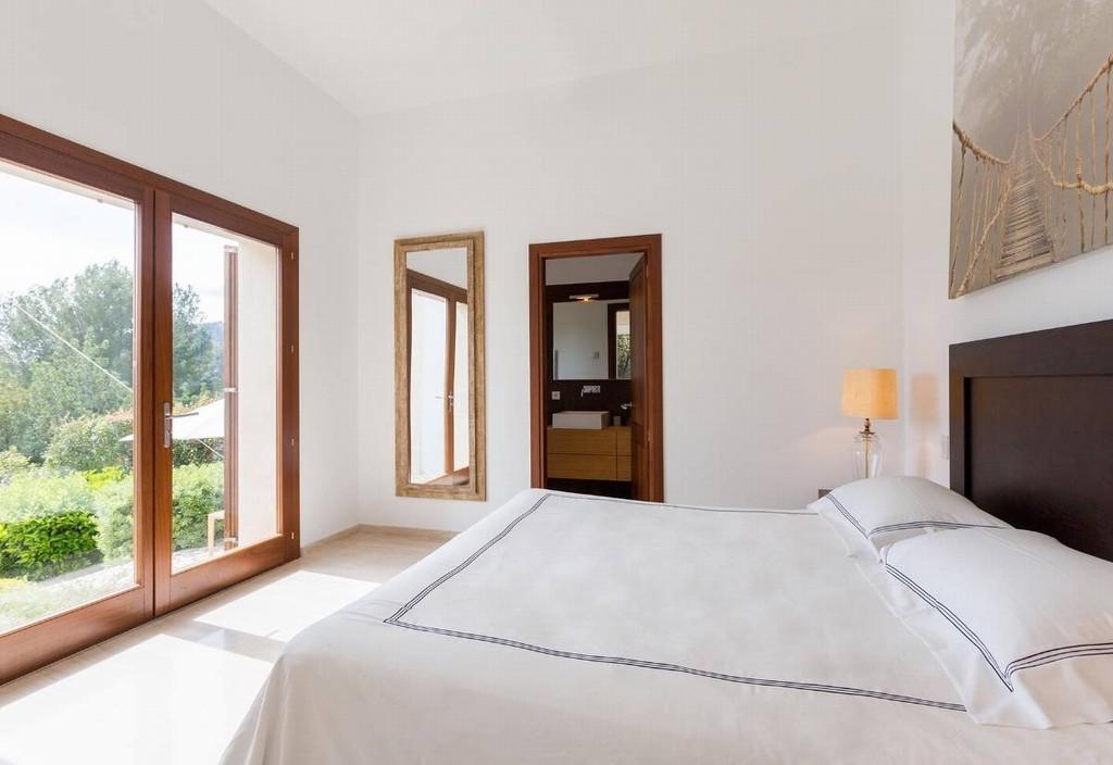 bedroom en suite 1