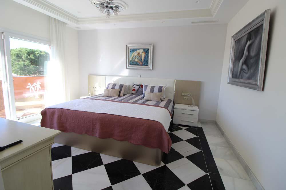 master_bedroom_2
