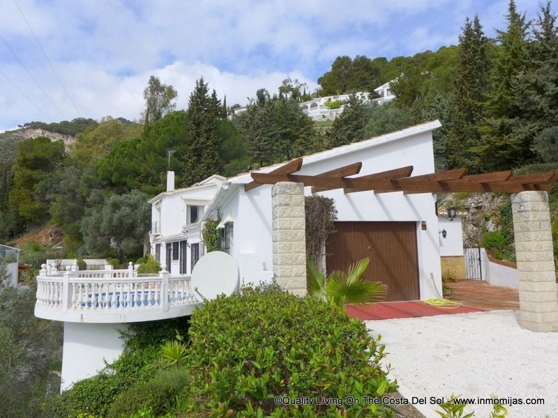 Villa for sale in Mijas Pueblo, Mijas, Málaga, Spain