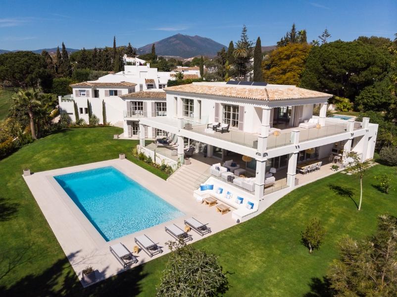 The villa (2)