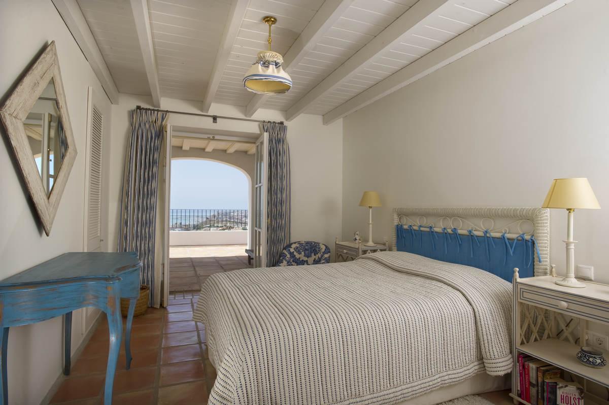 Penthouse Guest bedroom  (2)