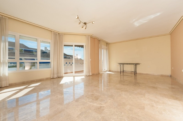 A5325 Beachside duplex penthouse 2