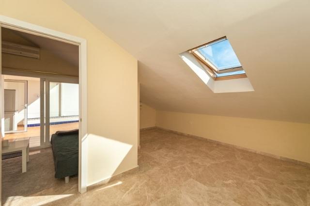 A5325 Beachside duplex penthouse 10