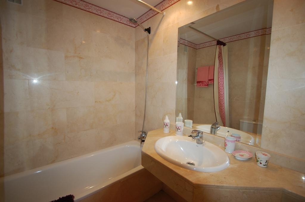 A5373 Apartment Puerto Banus 6