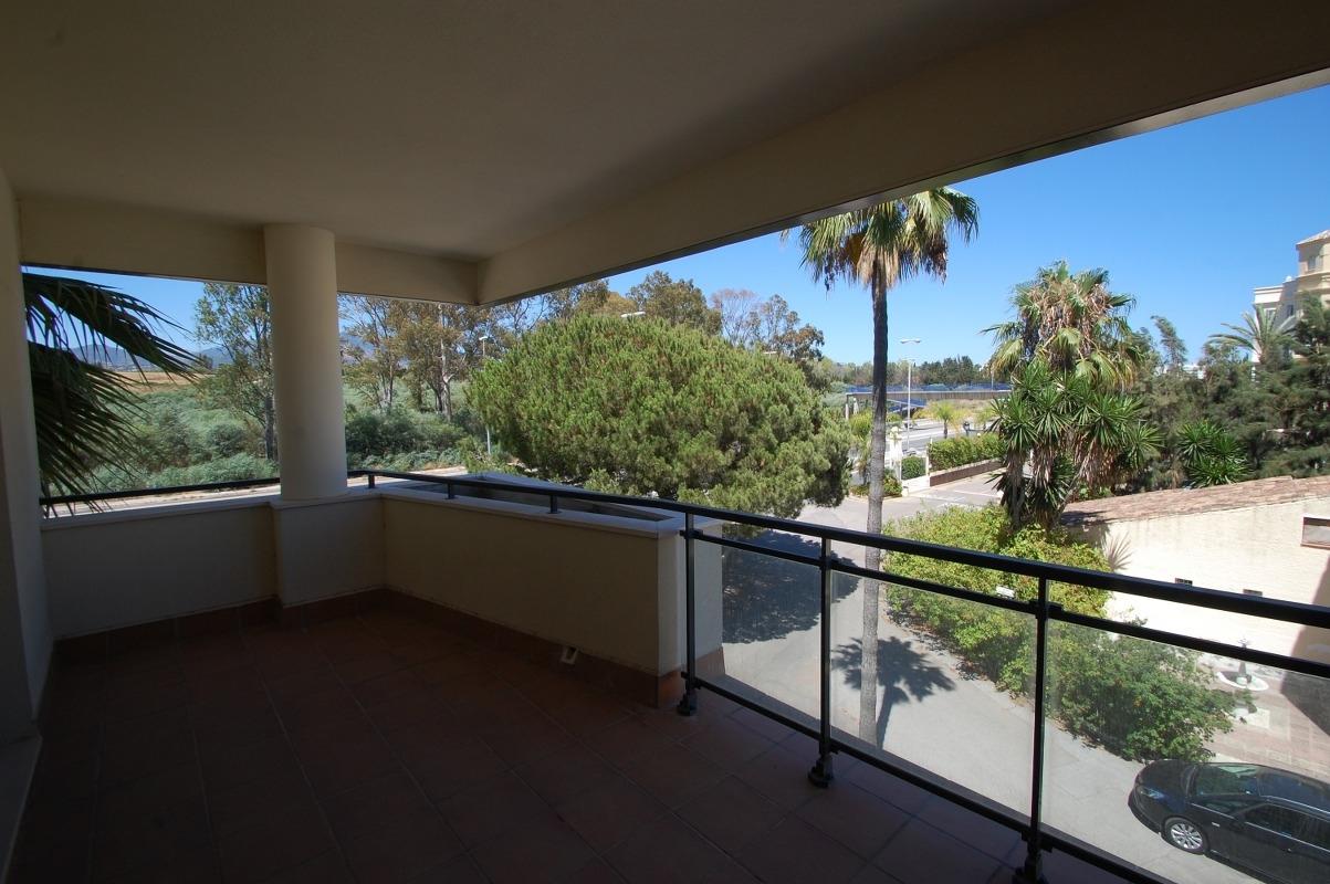 A5663 Beachside apartment New Golden Mile 2_1203x800