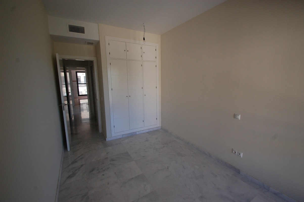 A5663 Beachside apartment New Golden Mile 12_1203x800