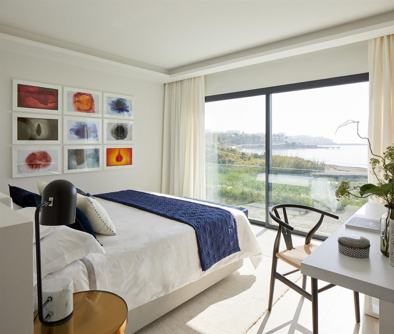 Frontline beach Luxury Townhouse Estepona Spain (1) (Large)