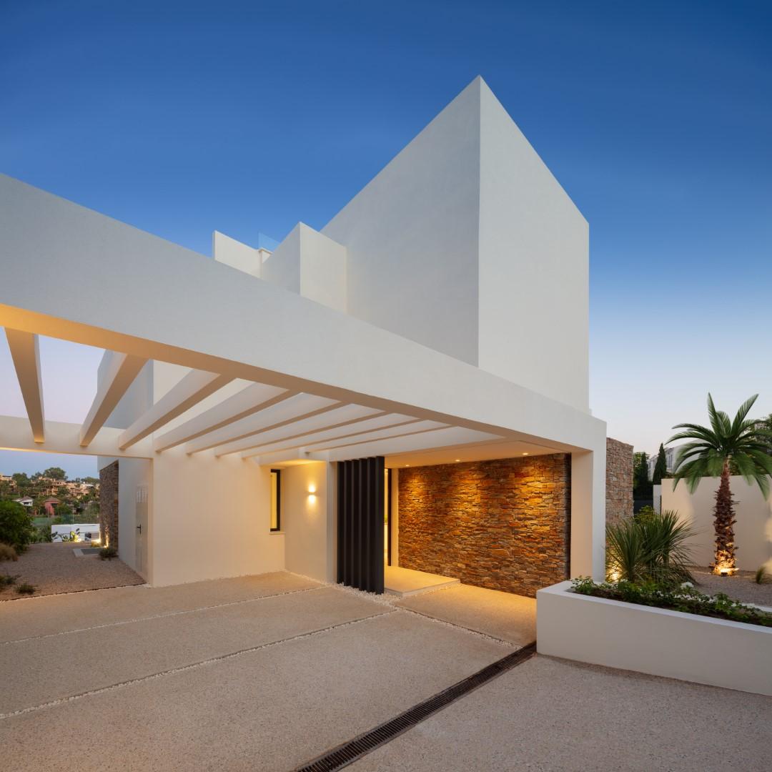 New Contemporary Villas Estepona Spain (24) (Grande)
